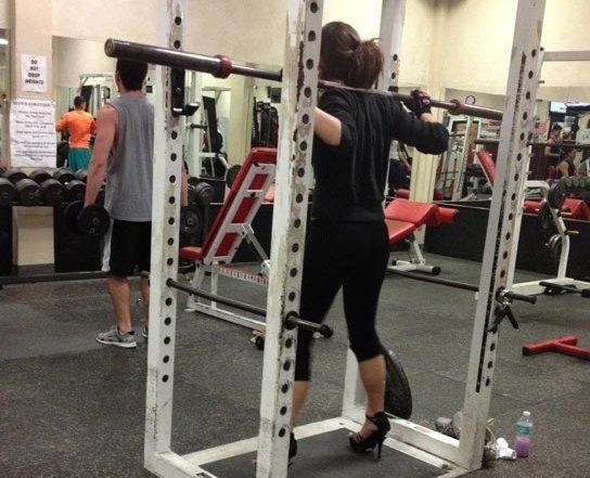 high-heel-squatting